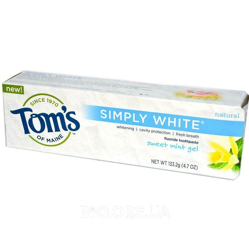 Фото применения Toms of Maine Simply White Fluoride Toothpaste Sweet Mint Gel 133.2 g