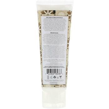 Крем для рук с маслом Ши и соевым молоком 118 мл  фото применение