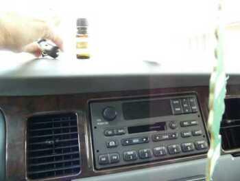 Видео обзор на Ароматерапевтический автомобильный диффузор 1 диффузор