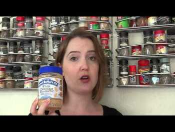 Видео обзор на Арахисовое масло и Ко. Арахисовое масло с корицей и изюмом, см...