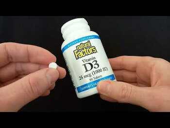 Видео-обзор и фото товара Natural Factors Vitamin D3 For Kids 100 Chewable Tablets