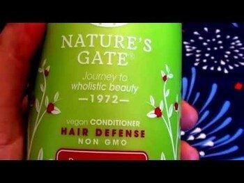 Видео обзор на Нейчерс Гейт Шампунь для окрашеных волос гранат и подсолнечник...